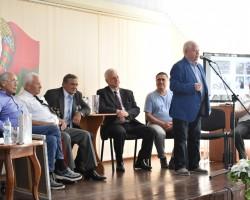 Новинка серии «Асобы»: книга о полковнике милиции Викторе Пекарском